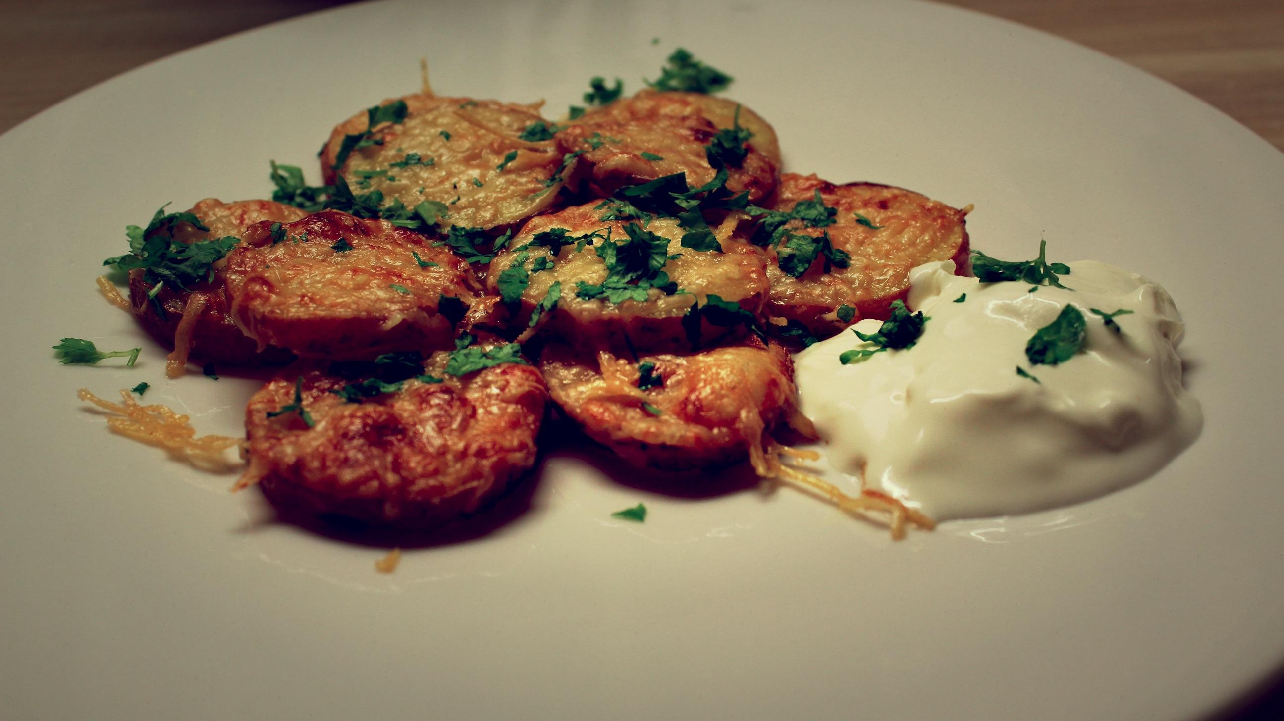 Kraukšķīgie siera kartupeļi