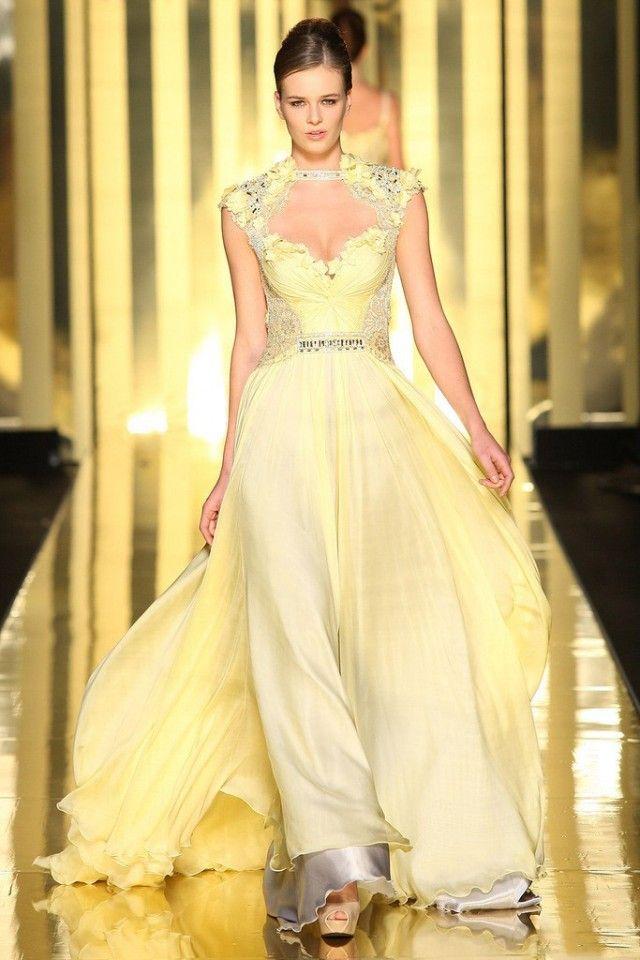 Burvīgu kleitu parāde