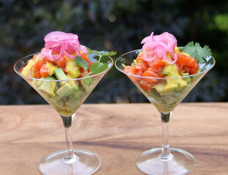 Avocado-salmon-tartare-recipe