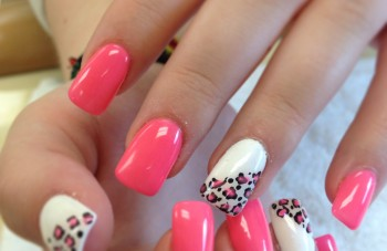 cool_design_for_french_manicure_nail_art