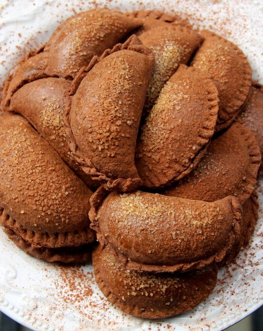 Chocolate-dulce-de-leche-empanadas