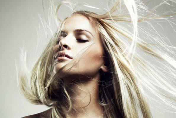 Aukstā laika aktuālā problēma – matu elektrizēšanās