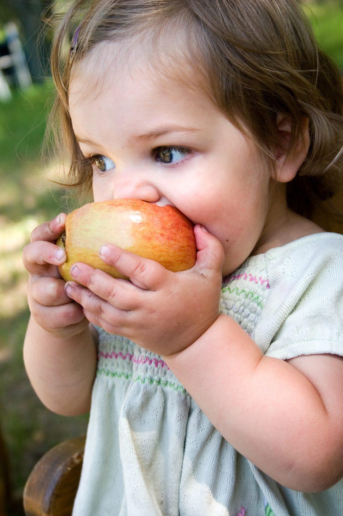 8 veselīgas našķu receptes bērniem