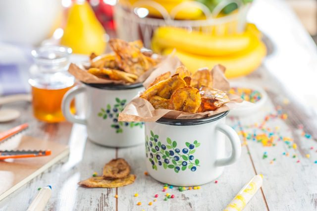 Banānu čipsu recepte