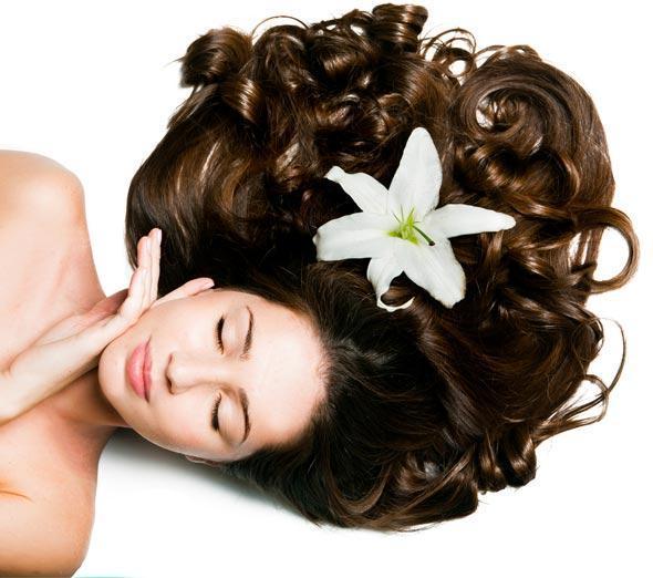 5 dabas produkti skaistiem matiem un ādai