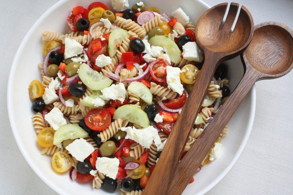 Pastas salāti grieķu gaumē