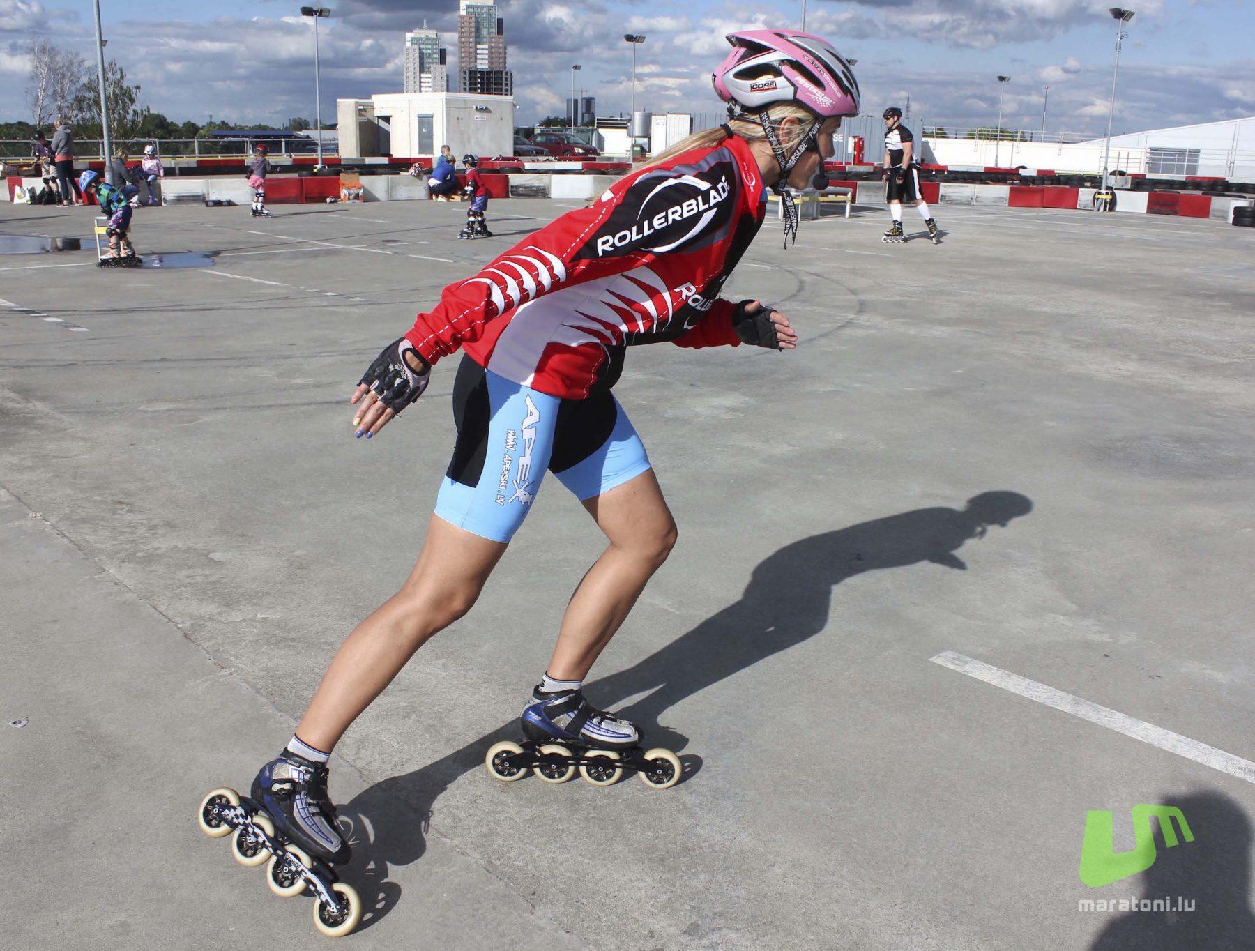 Mācāmies skrituļot: 6 padomi  skrituļslidošanas iesācējiem